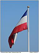 Schleswig-Holsetin Fahne am Mast - Schleswig-Holstein Flagge