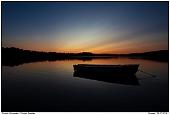 Boot am See - Ruderboot in einem schwedischen See in Småland
